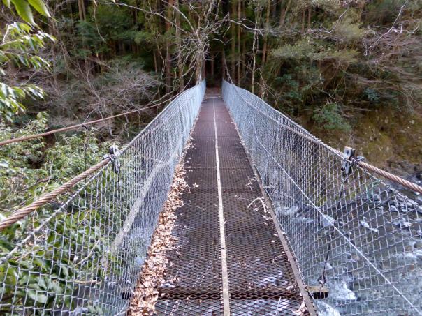 下モ番の吊橋2