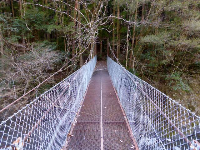 下モ番の吊橋4