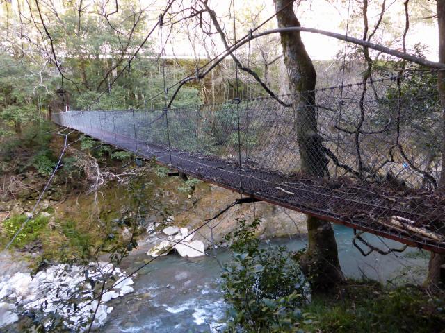 下モ番の吊橋7
