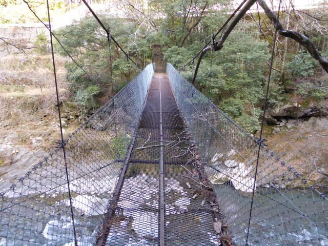 下モ番の吊橋9