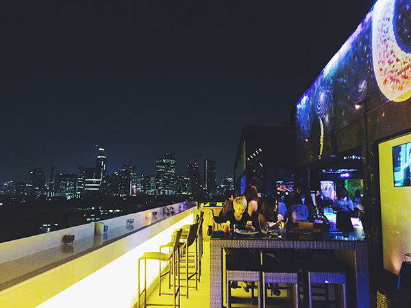 Sky Moon Bar Bistro_bangkok10
