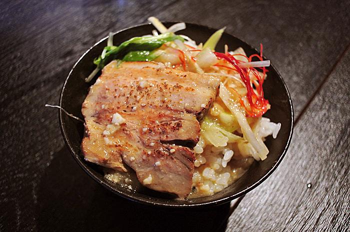 麺屋黒鬼@宇都宮市東宿郷 Andy特製ぶっかけチャーシュー丼