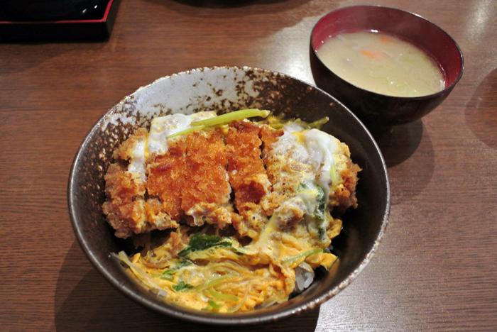 とんかつあじでん@宇都宮市下戸祭 カツ丼1