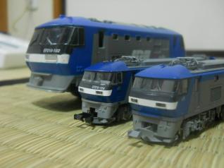 3社の桃太郎大集合