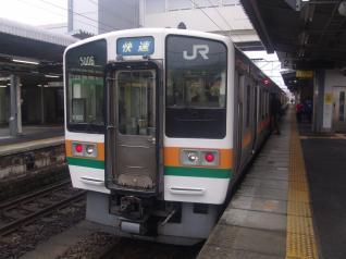 211系シンK103編成