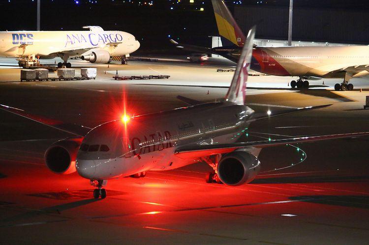 1506羽田空港70D (288)FC2