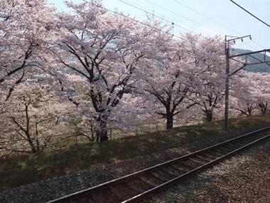 1勝沼ぶどう郷駅0406