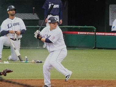 8おかわり中村選手0411