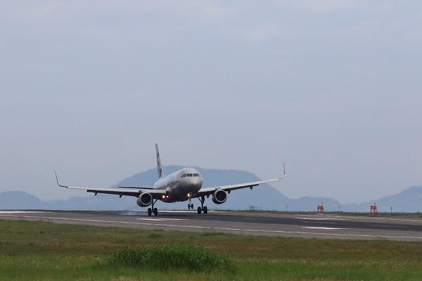 GK A320-232 JA006P RJOM 150720 01
