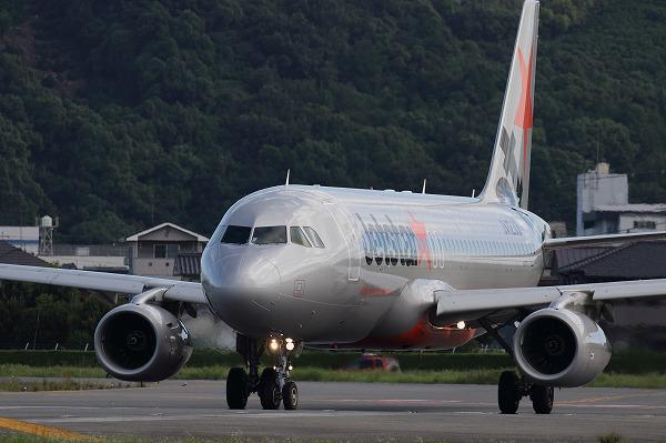 GK A320-232 JA006P RJOM 150720 04