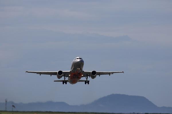 GK A320-232 JA09JJ RJOM 150726 04