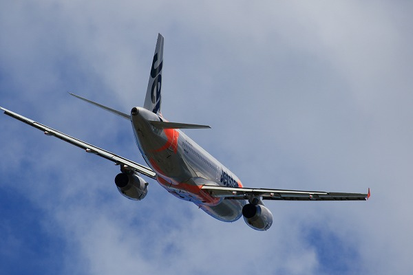 GK A320-232 JA09JJ RJOM 150726 09