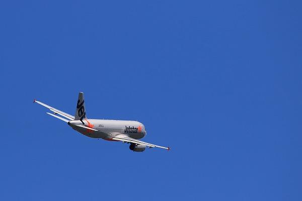GK A320-232 JA09JJ RJOM 150726 10