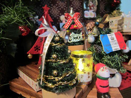 christmas_shop_2.jpg