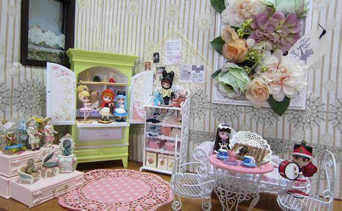 dollcafe_zentai.jpg