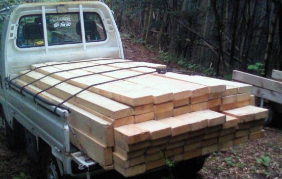 軽トラ 木材