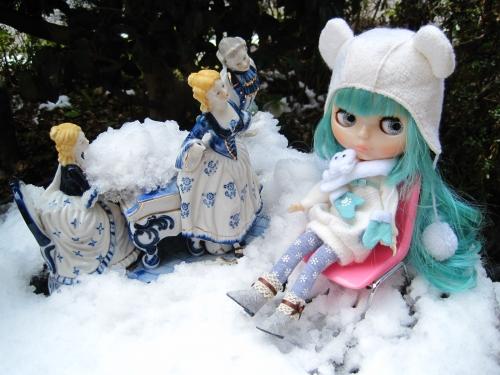 陶器のお人形