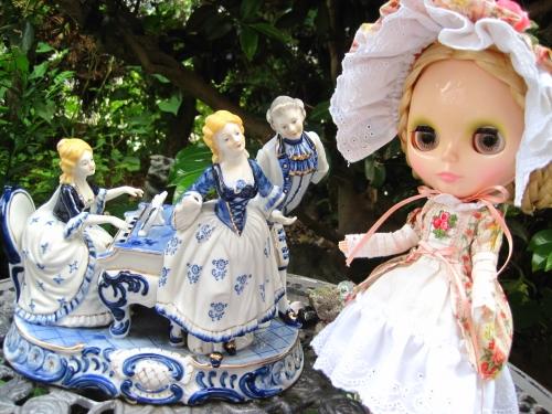 お庭の舞踏会