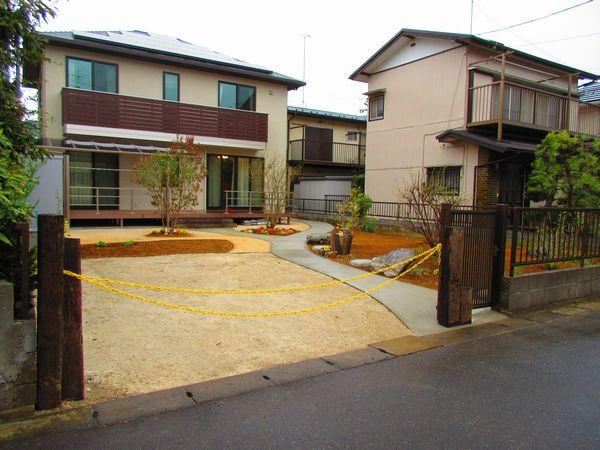 庭側完成2