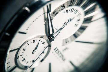 clock-407101_640_convert_20150625185958.jpg