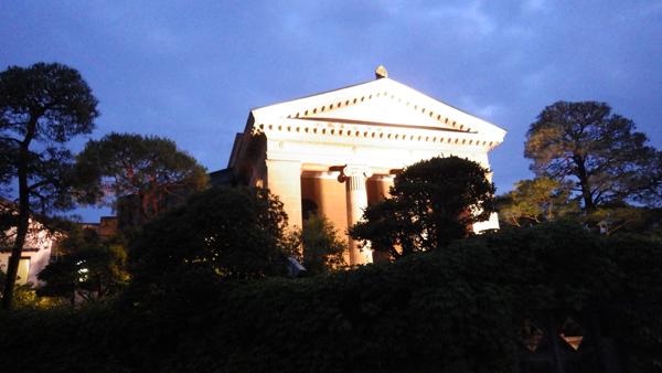 夜の大原美術館