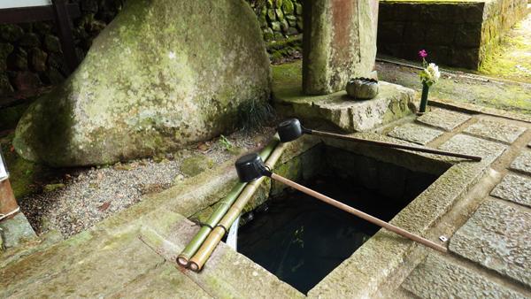 法然上人の産湯の井戸