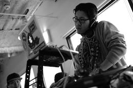 DJ SIMON(260×174)