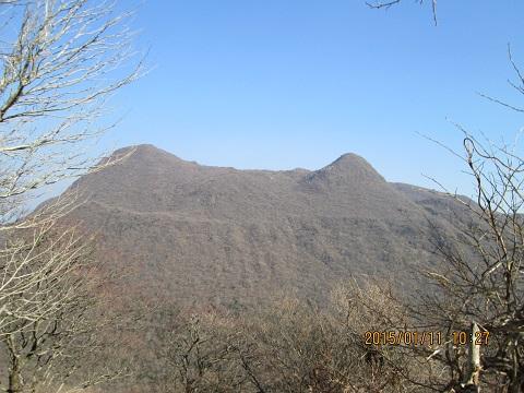 東尾根より黒岳の眺め