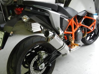 KTM 690 DUKE      スリップオン (1)