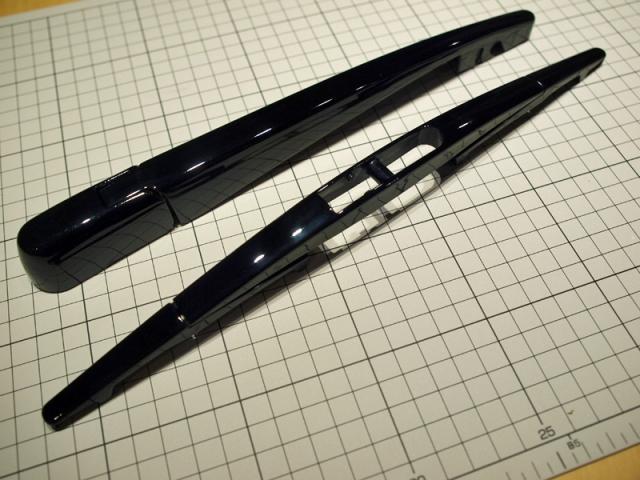 リアワイパーのグロスブラック化8