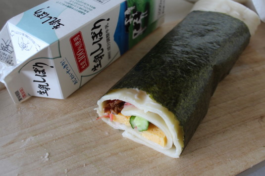 吉田のうどん麺ロール 完成 比較