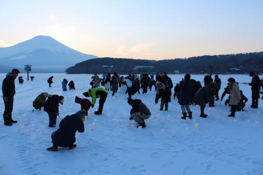 山中湖アイスキャンドル 点火