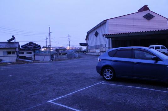 桜 甚六桜 駐車場