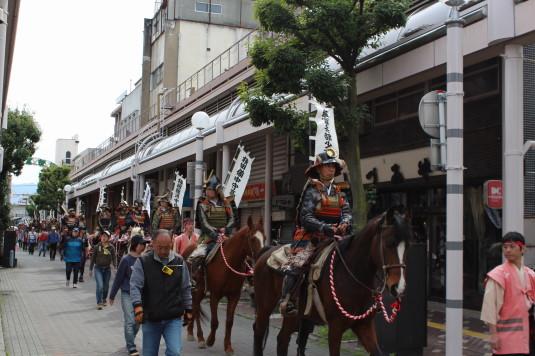 武田二十四将騎馬行列 中心街 騎馬行列