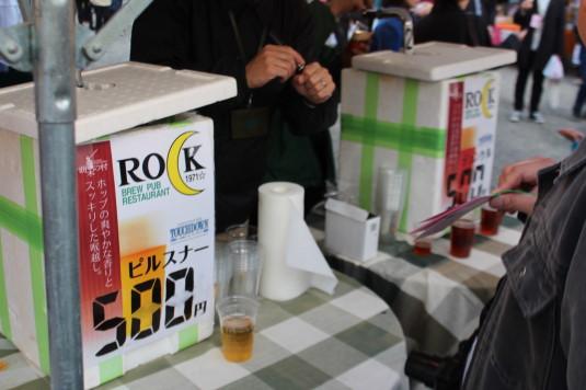 長坂夜桜祭り 会場 ビール