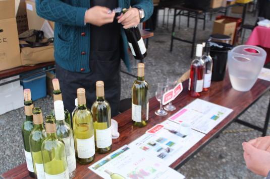長坂夜桜祭り 会場 ワイン