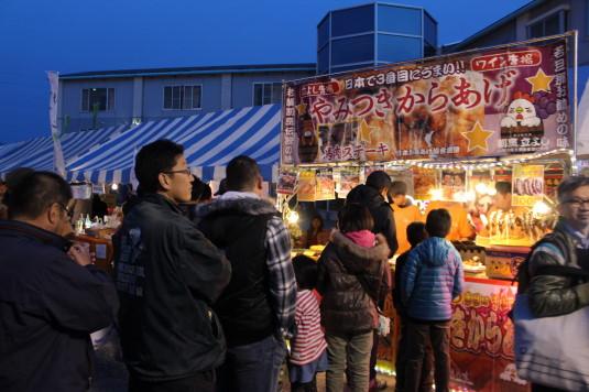 長坂夜桜祭り 会場 模擬店