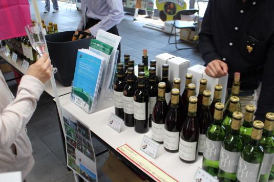 甲府ワイン組合フェア ワイン並び
