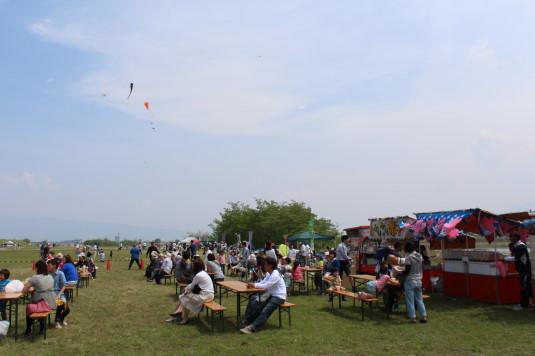 凧上げ祭り 会場屋台