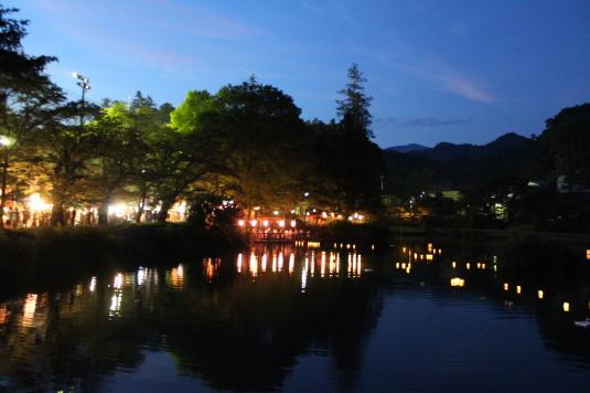 月見が池弁財天祭り 全体