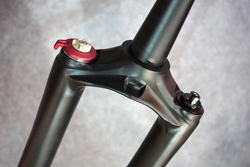 RST-inverted-suspension-fork-prototype02.jpg