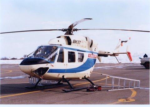 川崎BK117 JQ0003