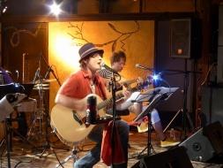 ギター2人
