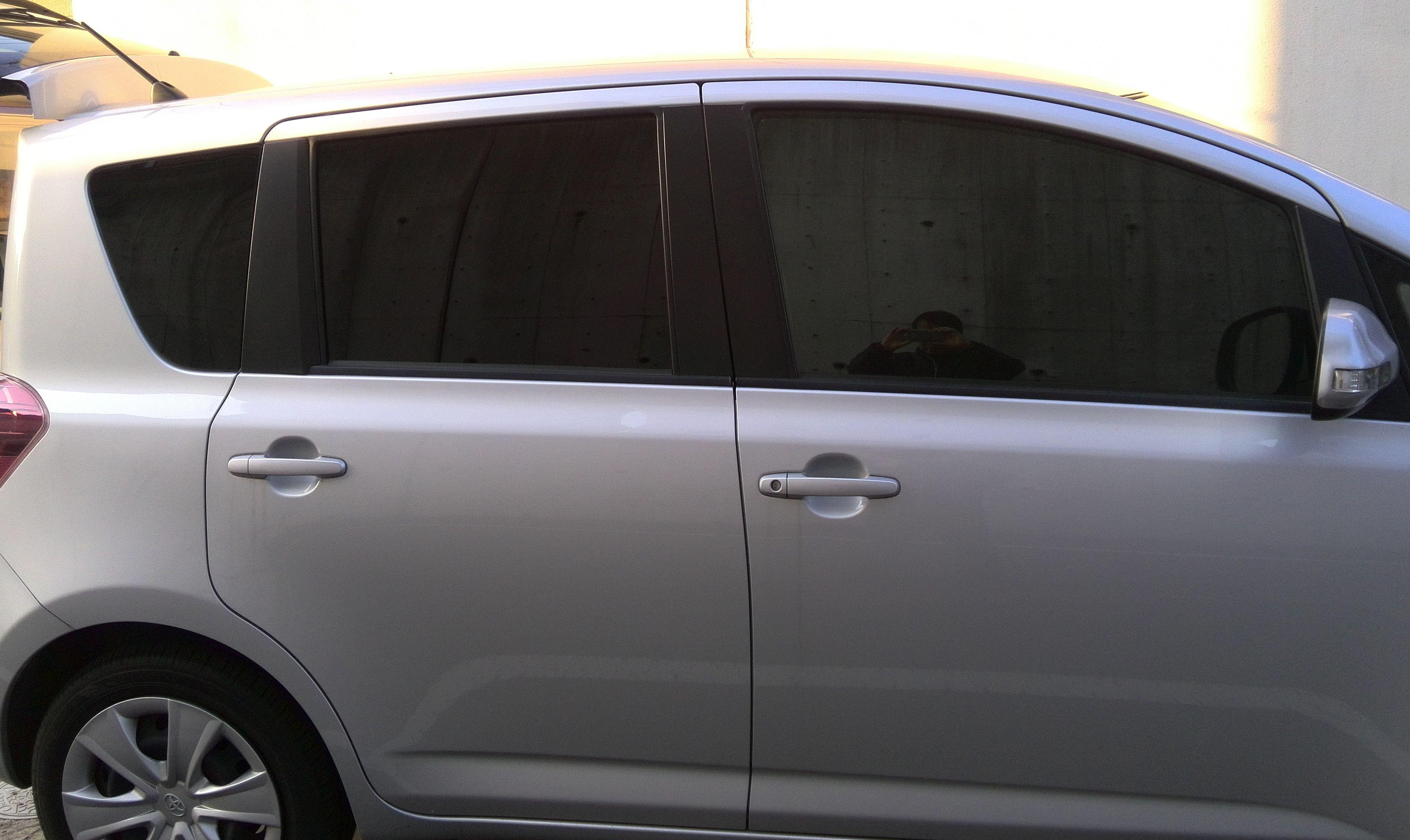車内遮光板取付後