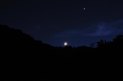 三日月と金星15.05.21