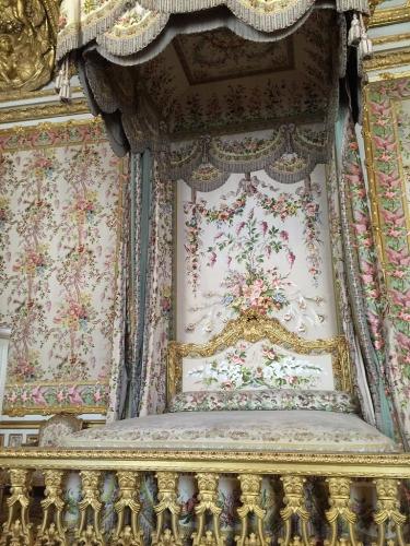 王妃の寝台