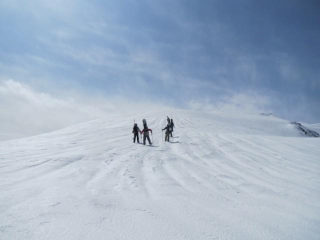 3月22日 稜線を行く