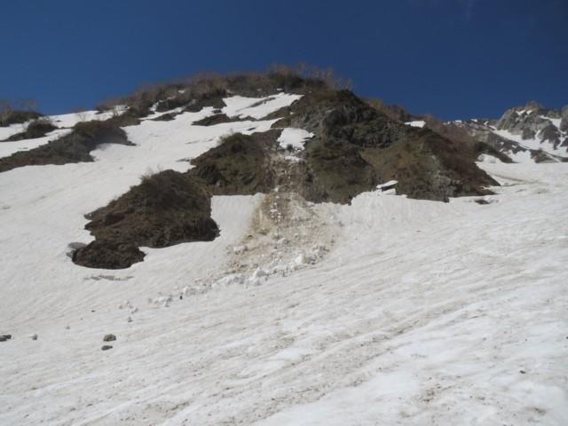 5月24日 ブロック雪崩発生