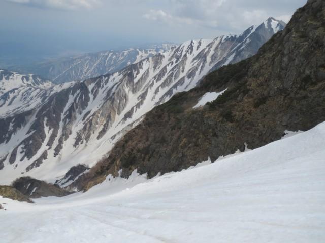 5月24日 2号雪渓中間は快適