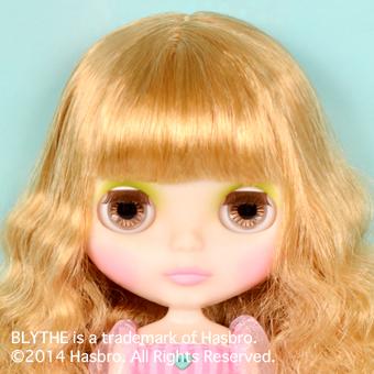 Junie Moonie Cutie up04